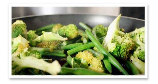 Foto: Low Crab Beilage: Zitronenbrokkoli und Bohnen | Kohlenhydrate-Tabellen.com